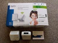 Devolo dLAN 500 Wi-Fi Powerline Starter Kit