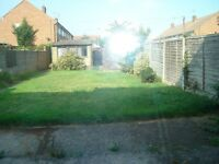 very large and well presented detarched 4 bedroom house with drive.