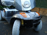KYMCO MAXI XLS MOBILITY SCOOTER/DISABILITY SCOOTER 8 MPH HEAVY DUTY.MINT CONDITION