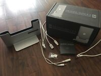 "Henge Dock M (Metal Edition) for 15"" Retina MacBook Pro - Apple"