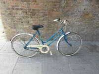 Universal La Riviera Vintage Retro 3 Speed Ladies Bike good condition and fully working