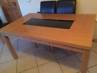 Dinning table glass centre