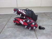Canterbury Rugby Boots Size 10, metal studs - NEW