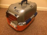 Pet Carrier - RAC make include drink bowl on door