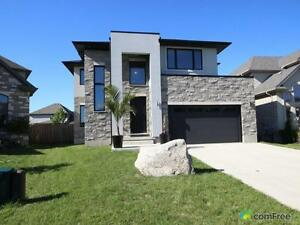$619,999 - 2 Storey for sale in London London Ontario image 1