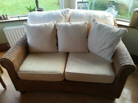 Conservatory Furniture - 2 seat sofa, 2x 1 seat chairs, coffee table, end table, excellent condition