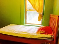 Single room available at katerine road e78hf.