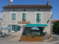 For Sale Successful Restaurant / Bar / Bed&Breakfast in South-West France