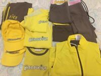 Girls Guiding Brownies uniform in excellent condition aged 7-9