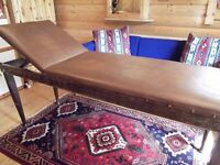 VICAREY & CO GLASGOW Rare Medical Examination Couch Massage Beauty Waxing table tattoo bench Vintage