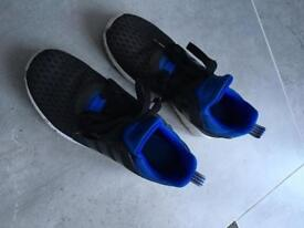 Adidas trainers size 5.5 men's boys