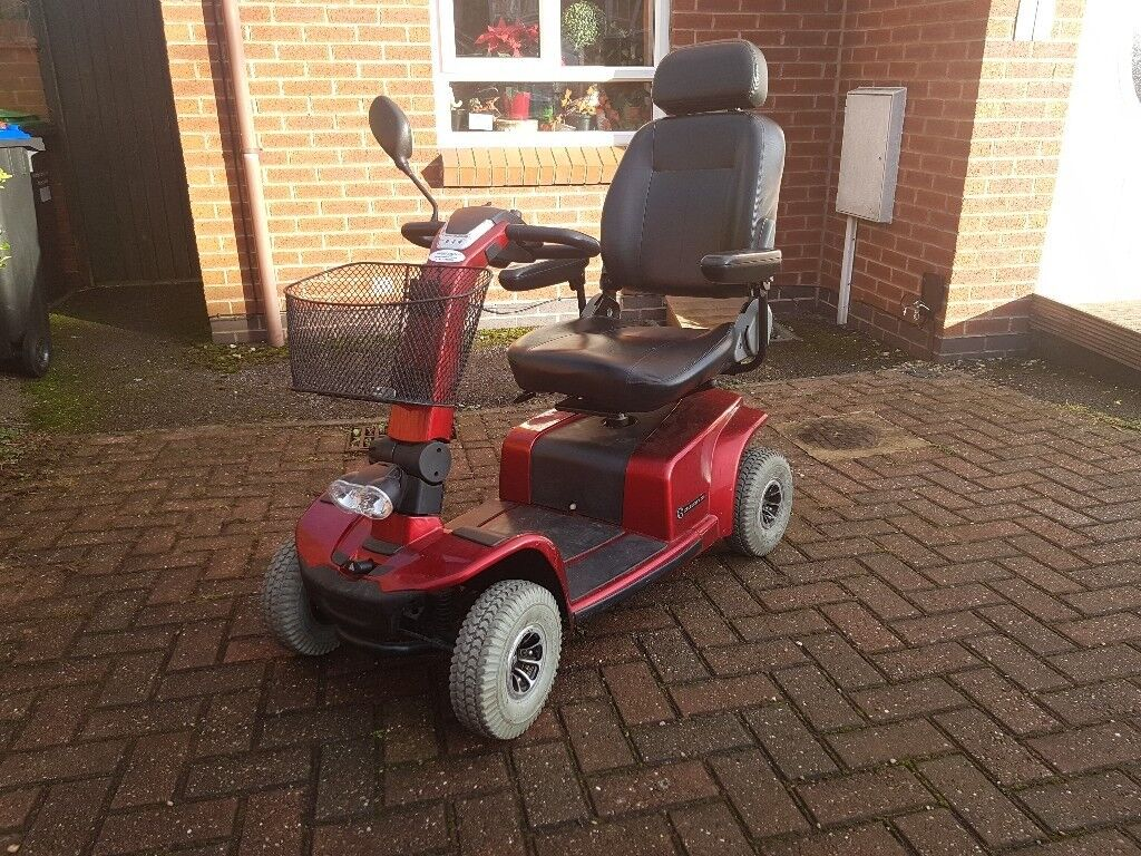 Mobility Scooter Pride Celebrity Deluxe in good condition, charger and  owners manual included | in Sutton-in-Ashfield, Nottinghamshire | Gumtree