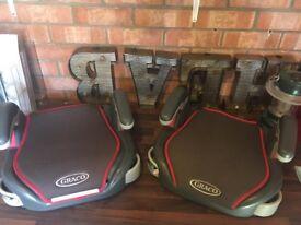 2 Graco car seats £5 each