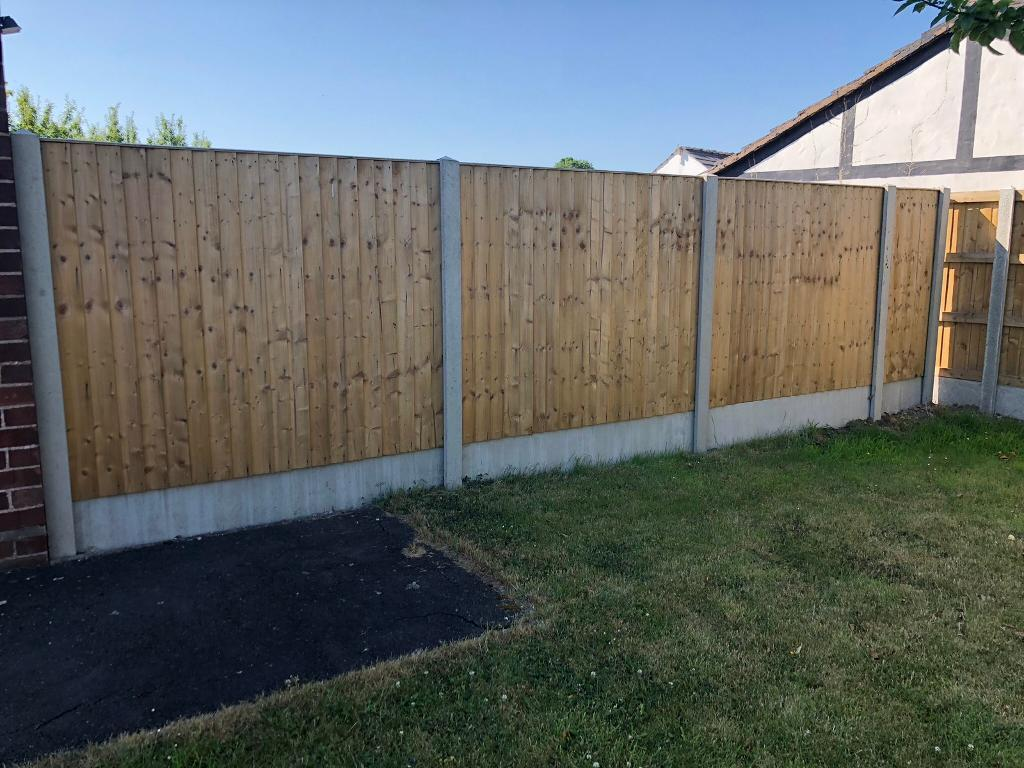 Tised Feather Edge Straight Top Wooden Garden Fence Panels