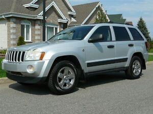 2005 Jeep Grand Cherokee LAREDO V8 4X4 117 000KM!!!