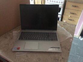 Lenovo Idea-pad 720