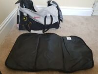Badabulle changing bag - never used - holdall style