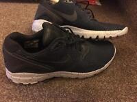 Nike Air Max Command Size 9 U.K