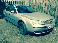 Ford Mondeo 1.8 2004 breaking for parts