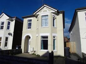 Well presented 5 bedroom detached house ideally located in Charminster
