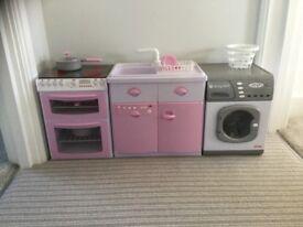 Casdon kids toy kitchen (cooker/washing machine and sink unit)