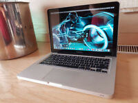 MacBook Pro 13 - Core i7 - 8gb - 256Gb SSD