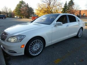 2010 Mercedes-Benz S-Class S550 4MATIC -- PANORAMA GLASS ROOF