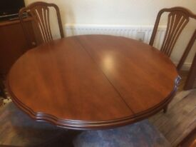 Dining Table & 5 Chairs Inc 1 Carver