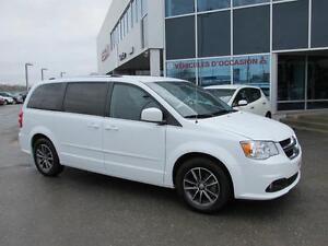 Dodge Grand Caravan SXT Premium Plus STOW & GO *IDÉAL POUR L