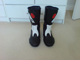 Ladies SIDI motorcycle boots - hardly worn - size 5