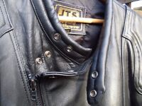 Black leather motorcycle jacket size 56 (xxl) in good condition all zips work made by jts cost £300