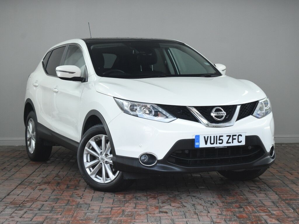 nissan qashqai 1 5 dci acenta 5dr white 2015 in winsford cheshire gumtree. Black Bedroom Furniture Sets. Home Design Ideas
