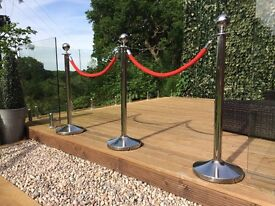Red carpet and rope posts wanted