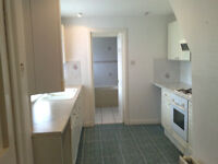 Stunning 1 Bed flat in quiet Merchiston, facing onto large garden, Rent INCLUDES Council Tax! Must C