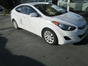 2013 Hyundai Elantra GL AUTO WITH ONLY 77K