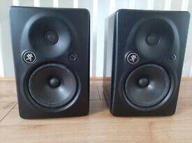 Mackie HR824 MK2 studio monitors speakers