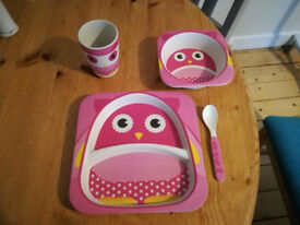 A lovely pink diner set for a girl