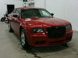 2009 Chrysler 300 4dr Sdn 300C AWD W/ SUNROOF, LEATHER, RMT STRT