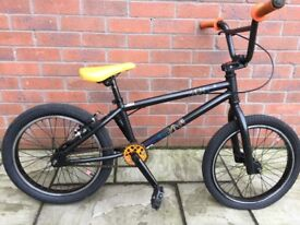 "Mongoose program 18"" bmx"