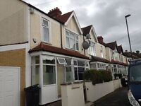 LARGE 4 BEDROOM + 2 BATHROOM HOUSE FOR RENT 10 MINS TO THORNTON HEATH STATION FOR RENT £1850 PM