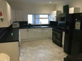 8 bedroom house in Colum Road, Cathays, Cardiff, CF10 3EF