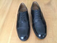 CLARKS GENTS BLACK LEATHER SHOES (BRAND NEW)