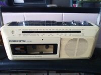 ROBERTS RC30 RADIO / CASSETTE PLAYER - FM/AM/LW . WITH MAINS LEAD