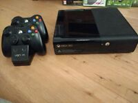 Xbox 360 500 GB Console and games