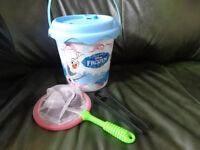Disney Frozen Seaside Bucket and Accessories