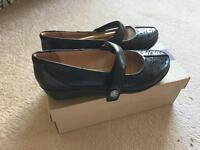 BRAND NEW clarks ladies shoes size 6