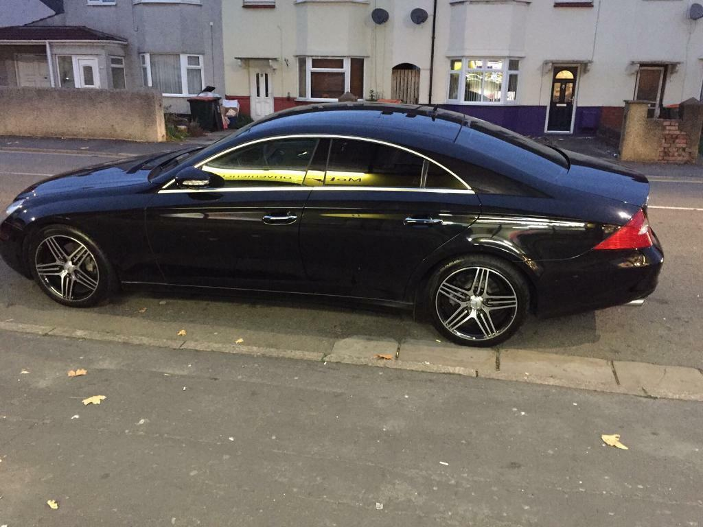 2006 56 mercedes cls 320 cdi auto 2987cc diesel 5 door black with service history 2 keys. Black Bedroom Furniture Sets. Home Design Ideas