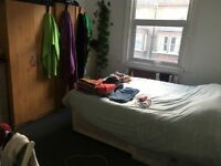 + SHEPHERD'S BUSH 2 DOUBLE ROOMS IN THE SAME HOUSE !!