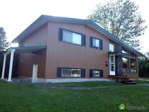 175 000$ - Maison à paliers multiples à vendre à Maniwaki