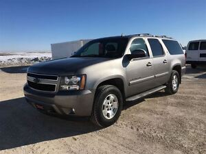 2009 Chevrolet Suburban LT Package ***Professionally Serviced an